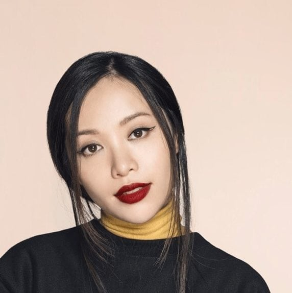 The Ultimate List of the 66 Top Asian Beauty Bloggers on
