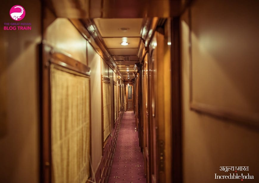 Golden Chariot Amazing Luxury Train Journey Halls