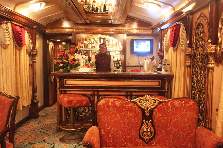 Golden Chariot Amazing Luxury Train Journey in India Bar