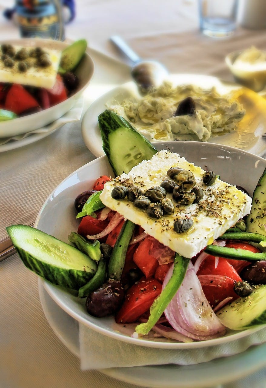 top 10 best things to do in santorini greece - food salad